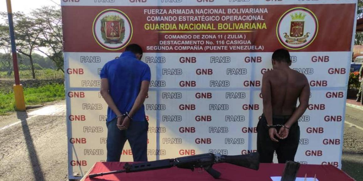 """GNB detiene a dos sujetos pertenecientes al GEDO """" Los Rastrojos"""" en el estado Zulia"""