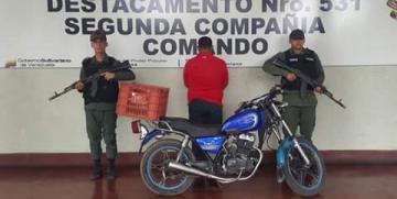 GNB recupera vehículo y detiene Sujeto Por Aprovechamiento Ilícito en el estado Sucre