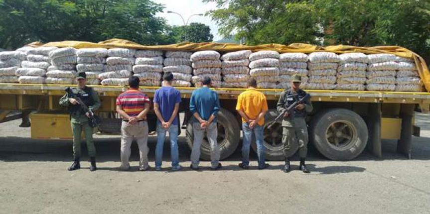 GNB decomisó 15,2 toneladas y 75 sacos de harina en Miranda
