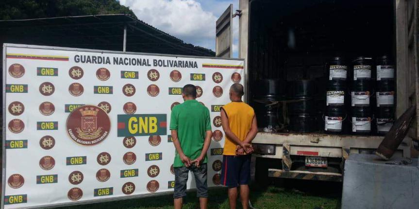 GNB capturó a dos ciudadanos con material estratégico en Anaco