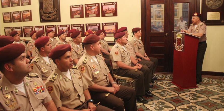 GNB realizo la entrega de bastones de mando a los Oficiales Generales ascendidos en el Panteón Nacional