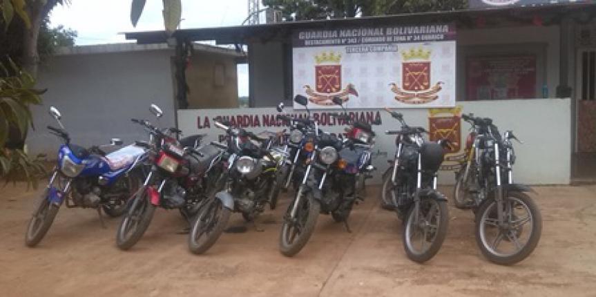 GNB Retuvo 25 motos por diversas irregularidades