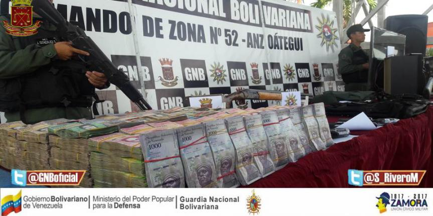 Más de 7 millones de bs. retuvo la GNB en Barcelona