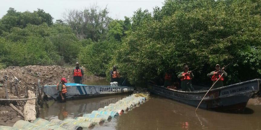 Comando de Vigilancia Costera incautaron más de 8 mil litros de combustible en el estado Zulia