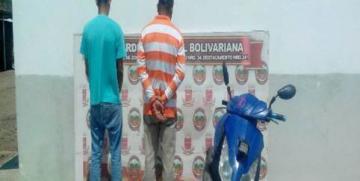 GNB captura a dúo con moto robada en el estado Guárico