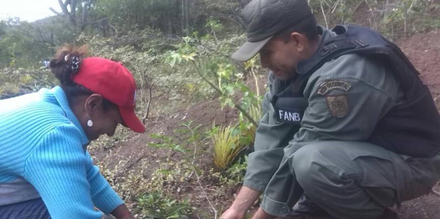 GNB Falcón realizó jornada de charlas y siembra de árboles