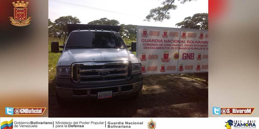 GNB Retienen Vehículo Con Seriales De Carrocería Suplantados Proveniente Del Municipio Colón Del Estado Zulia