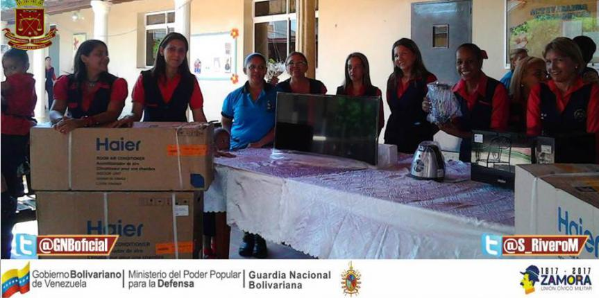 "Comité de Acción Social del Comando de Zona 11 Zulia hace donativo al Centro de Educación Inicial ""Guardia Nacional"""