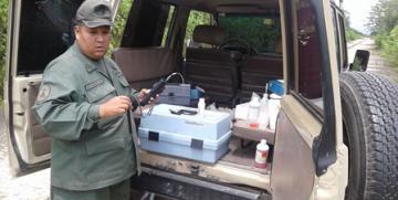 """GNB, CEGA y laboratorio criminalística en Carabobo, realizan muestreo in situ de las aguas en la planta de tratamiento """"la mariposa""""."""