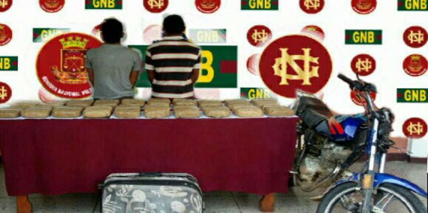 GNB Barinas incautó dos panelas de presunta marihuana