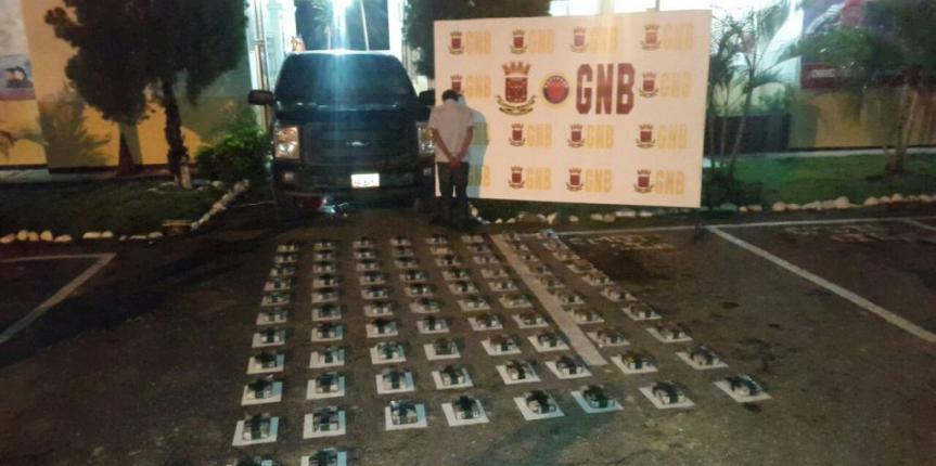 GNB incauto 88 kilos de cocaína en el Quebradón en el estado Mérida