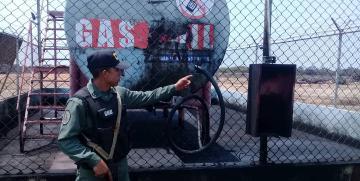 Comando de vigilancia costera de la GNB incauta 8.000 litros de combustible en el estado Zulia