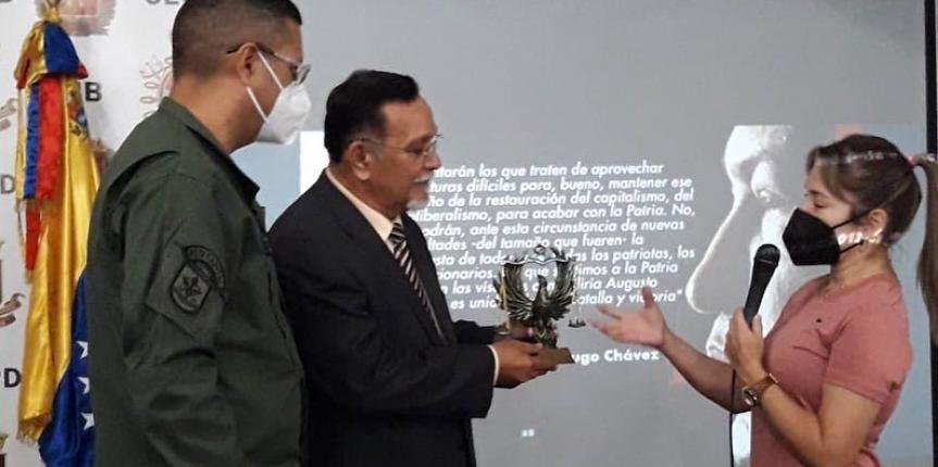 Diputado de la Asamblea Nacional William Fariñas dictó conferencia en la Comandancia General de la GNB