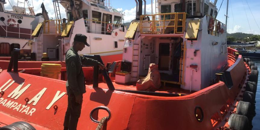Comando de Vigilancia Costera  retiene embarcación con 22.000 lts combustible ilícitos en el estado Anzoátegui