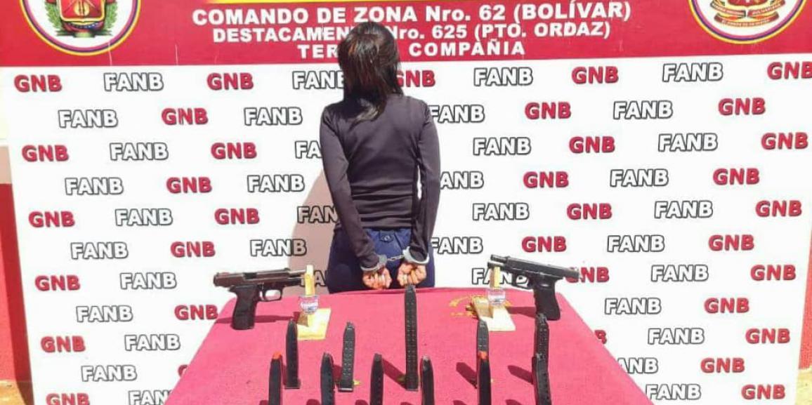 GNB capturó a ciudadana con armas de fuego en el estado Bolívar