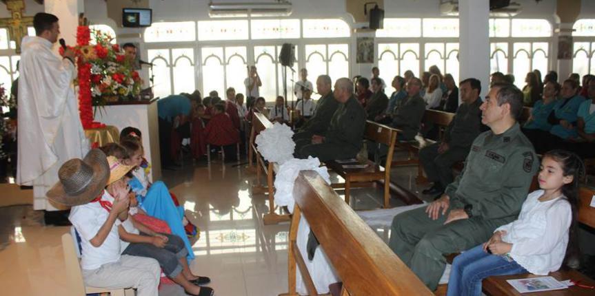 Dirección de Educación celebró la exaltación de la Santa Cruz con misa solemne