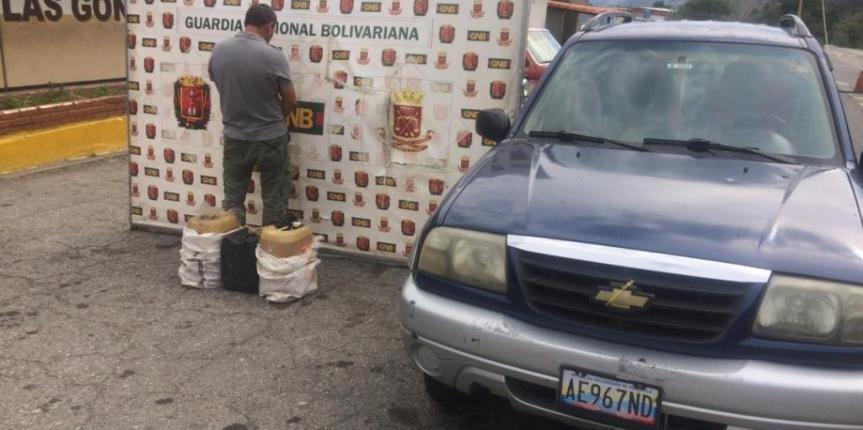 GNB Mérida capturó a ciudadano por contrabando de Combustible