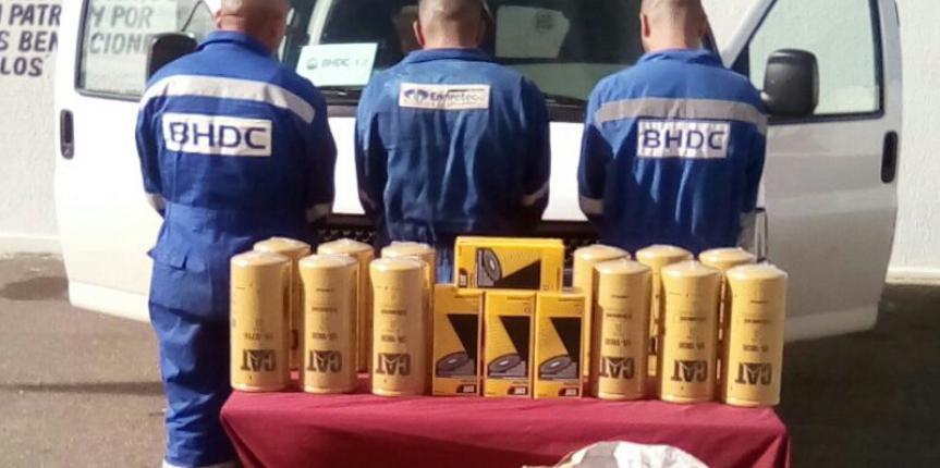 Detenidos tres trabajadores por hurtar equipos de un taladro