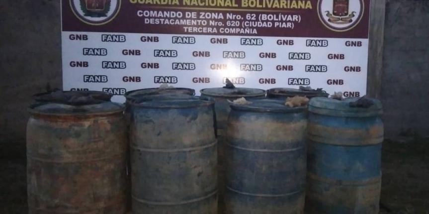 GNB desmantela depósito clandestino con 1680 litros de combustible en La Paragua
