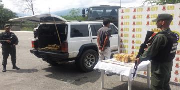 GNB Trujillo incauta 40 panelas de droga denominada Súper Marihuana