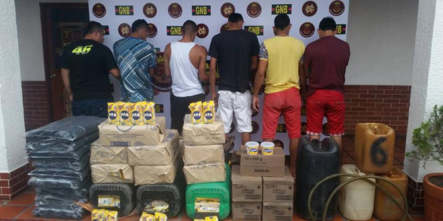 GNB desmanteló depósito clandestino de productos de la cesta básica en Ureña
