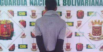 Desur Falcón capturó en flagrancia ciudadano que robaba familia en Coro