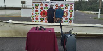 Comando de vigilancia costera detiene a dos sujetos integrantes de una banda delictiva que operaba en el Lago de Maracaibo