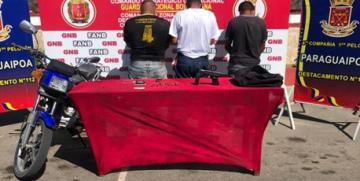 GNB Zulia capturó a tres ciudadanos con siete envoltorios de Marihuana y un arma de fuego