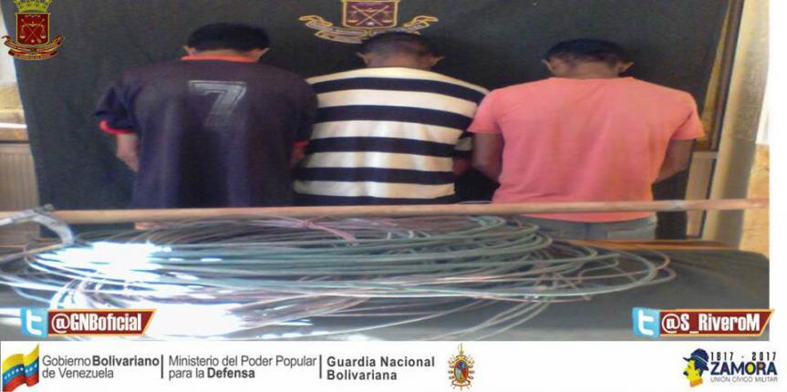 Detenidos tres ciudadanos dedicados al hurto de material estratégico en Falcón