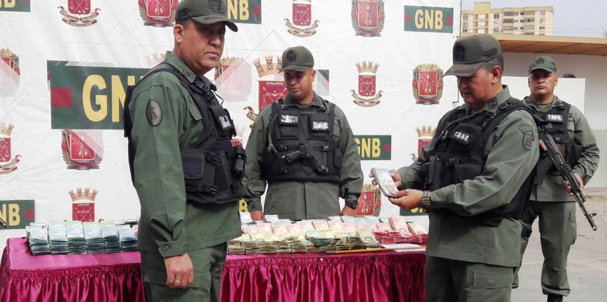 GNB retiene a dama con 470 millones de Bolívares en Barcelona