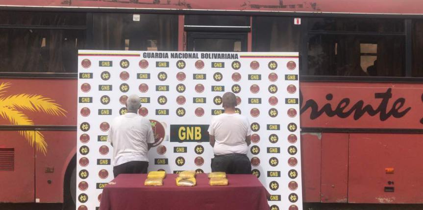 Capturados por la GNB en Clarines dos sujetos con marihuana
