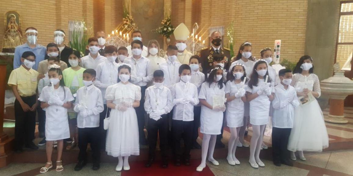 GNB celebró las Primeras Comuniones y Confirmaciones para niños y niñas de la parroquia Nuestra Señora del Rosario de Chiquinquirá