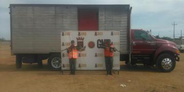 GNB retuvo un cargamento con 8.400 litros de bebidas alcohólicas en el Puente sobre el Lago