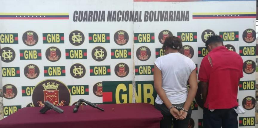 GNB aprehendió a dos ciudadanos por robo agravado y porte ilícito de arma en el estado Bolívar