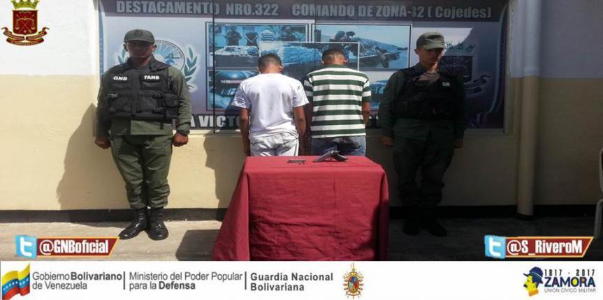 GNB capturó en flagrancia dos ciudadanos con un arma de fuego en Tinaquillo