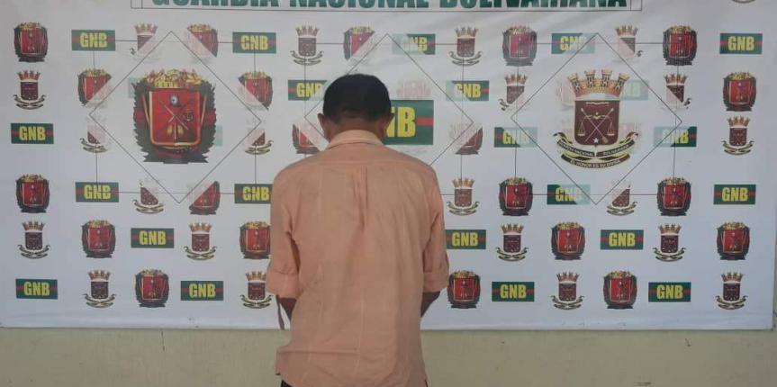 GNB Falcón capturó en flagrancia ciudadano que hurtaba establecimiento comercial en Punto Fijo