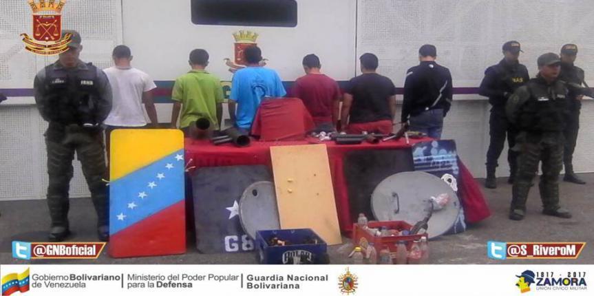 25 detenidos por asedio a centros de votaciones y alteración del orden en Táchira