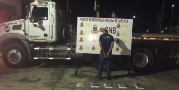 En la Lara- Zulia fue detenido ciudadano con 10 panelas de droga
