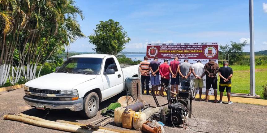 GNB capturó a 8 personas con equipos y material minero en estado Bolívar
