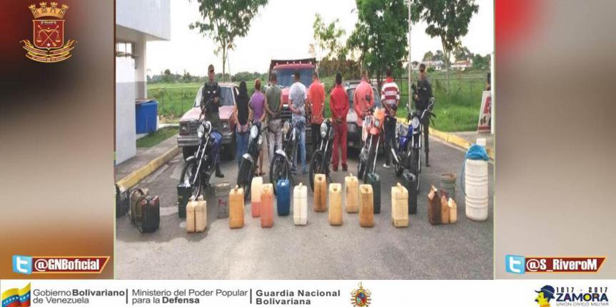 GNB capturó 8 individuos por venta clandestina de combustible en El Vigía