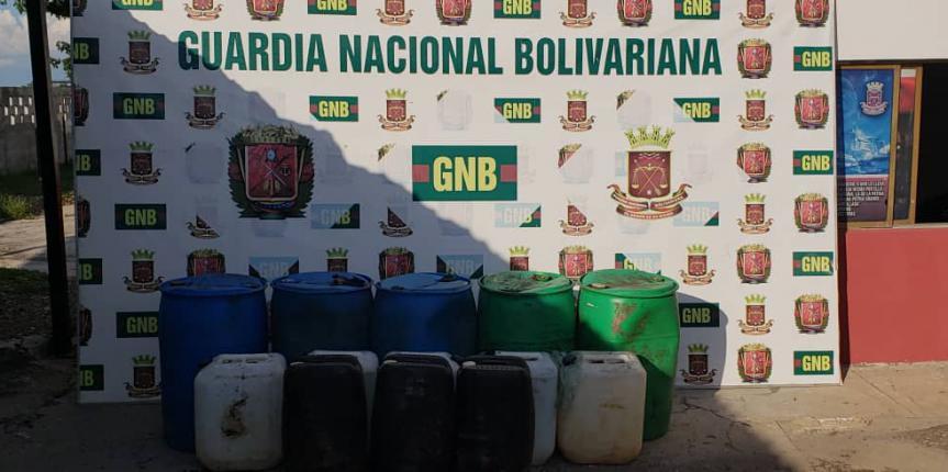GNB Zulia retiene gasolina de avión oculta en la Sierra de Perijá