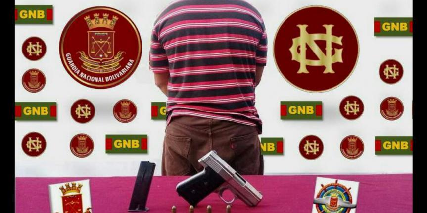 Comando de Vigilancia Costera capturó a un ciudadano y retuvo un arma de fuego con seriales devastados en el estado Apure