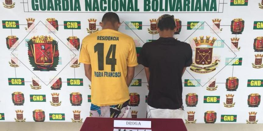 GNB Falcón capturó a dos ciudadanos por presunto micro tráfico de droga