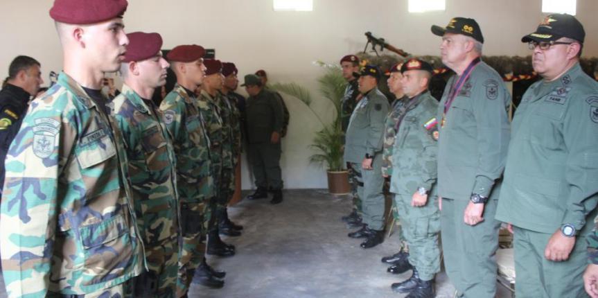 Grupo de Acciones de Comando de la GNB realizó acto de condecoraciones con motivo de su 33 Aniversario