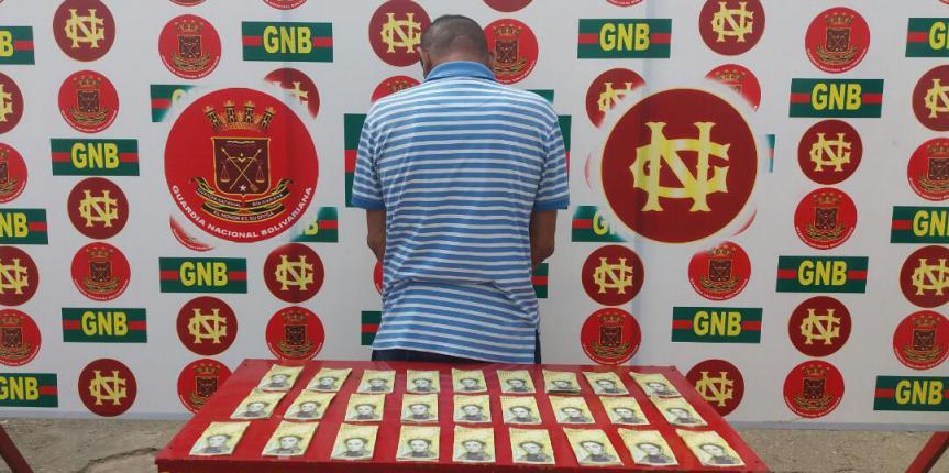 GNB Zulia detuvo  a ciudadanos  por legitimación de capitales  y retuvo 80 vehículos por comercialización ilícita de combustible