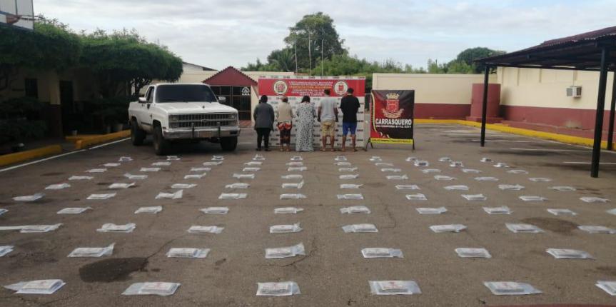 GNB Zulia incautó 100 panelas de marihuana en Casrrasquero y 4 en Paraguaipoa hay 7 detenidos