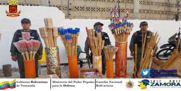 """GNB retuvo en Maracaibo más de 6 mil explosivos pirotécnicos que pretendían ser vendidos a presuntos """"Guarimberos"""""""