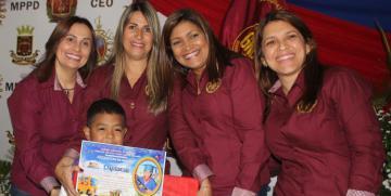 """Prescolar """"Lina de Cárdenas"""" promueve a 37 niños y niñas al Primer Grado de Educación Básica"""
