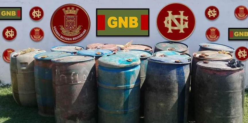 Comando de Vigilancia Costera incautó en Apure más de tres mil litros de combustible