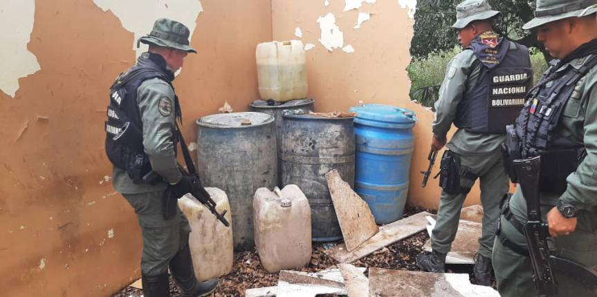 GNB Zulia incautó droga y combustible de avión en zona boscosa de Jesús María Semprúm